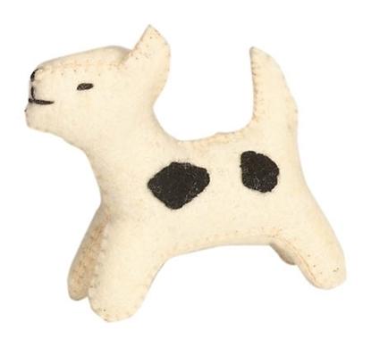 Afbeeldingen van Wit hondje met zwarte vlekjes