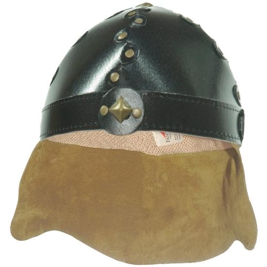 Casque de chevalier  en carton noir riveté avec protège-nuque en cuir.