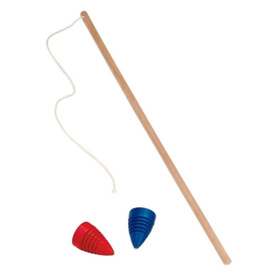 Rode en blauwe tol met zweep, een stok met koord die rond de tol gewonden wordt.