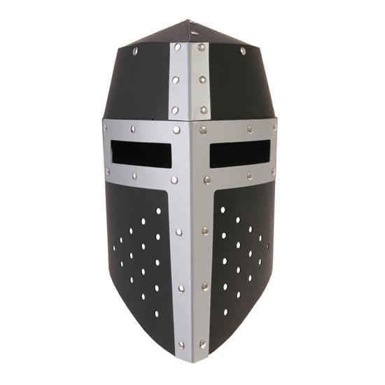 Ridderhelm in zwart karton met zilveren kruis.