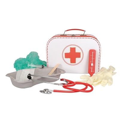 Witte doktersvalies met rood kruis gemaakt van karton, bevat een kartonnen kommetje, een stetoscoop, latex handschoenen, een rode thermometer, een spuit, een masker en een operatiemuts.