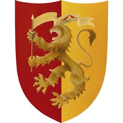 Grand bouclier de jeu portant l'effigie d'un lion héraldique beige. L'arrière plan du côté droit du bouclier est jaune, celui du côté gauche est rouge.